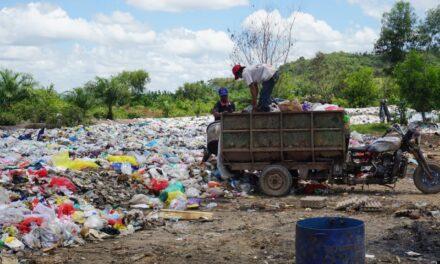 Tempat Sampah Overload, Bau Tak Sedap Dikeluhkan Warga