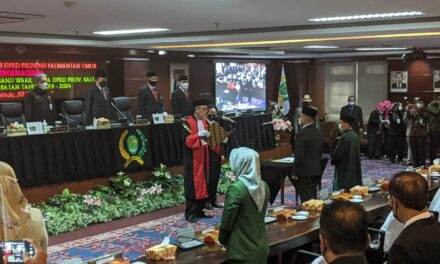 Resmi Jabat Wakil Ketua DPRD Kaltim, Seno Aji Soroti Pembangunan Infrastrukur dan UMKM