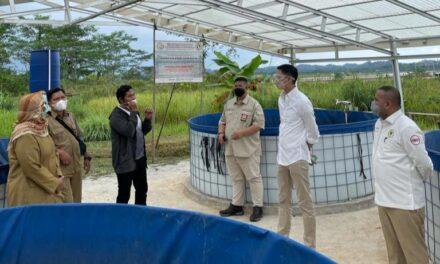 Akhmed Reza Fachlevi  bersama Ketua Komisi IV DPR RI Sambangi Budidaya Ikan Sistem Bioflok
