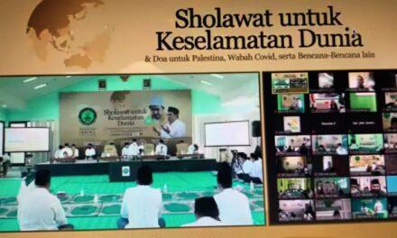 Sutomo Jabir Mengikuti Sholawat untuk Keselamatan Dunia secara Virtual