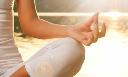 Meditasi Bantu Kurangi Stress dan Beri Banyak Manfaat