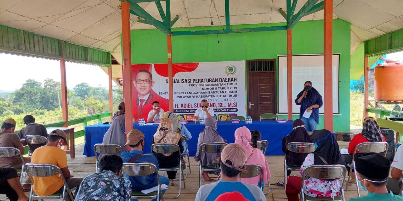 Bantuan Hukum Itu Gratis, H. Agiel Suwarno Sosialisasikan Perda No 5 tahun 2019 Di Desa Kebon Agung