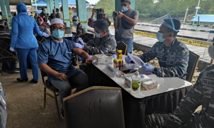 TNI AL Sangatta Gelar Lanjutan Serbuan Vaksinasi Covid 19