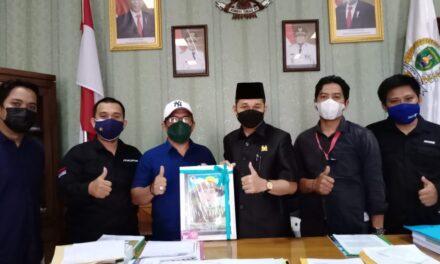 Jalin Sinergitas, Ketua DPRD Kutim Terima Kunjungan AJKT
