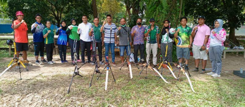 Sutomo Motivasi Atlet Panahan Kaltim Menjelang PON di Papua