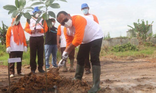 100 Bibit Pohon Langka, Ditanam Kwarcab Kutim